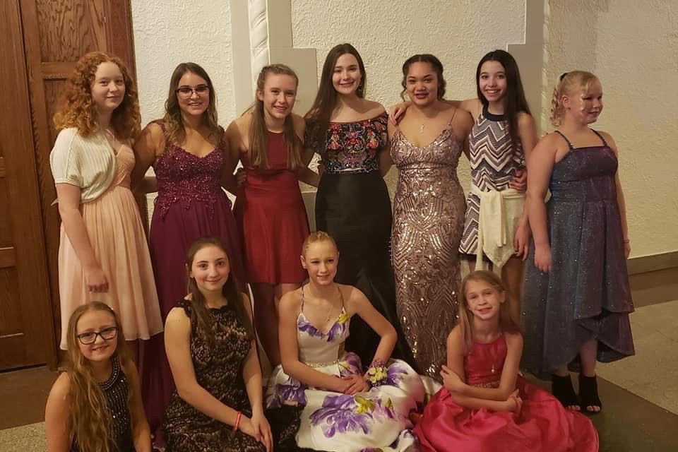 Bethel 68 Attended the Annual DeMolay Sweetheart Dance